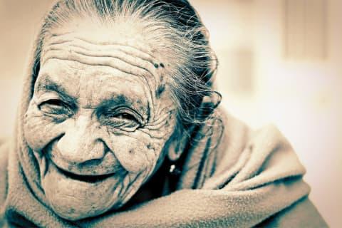 Auch das hohe Alter ist weiblich